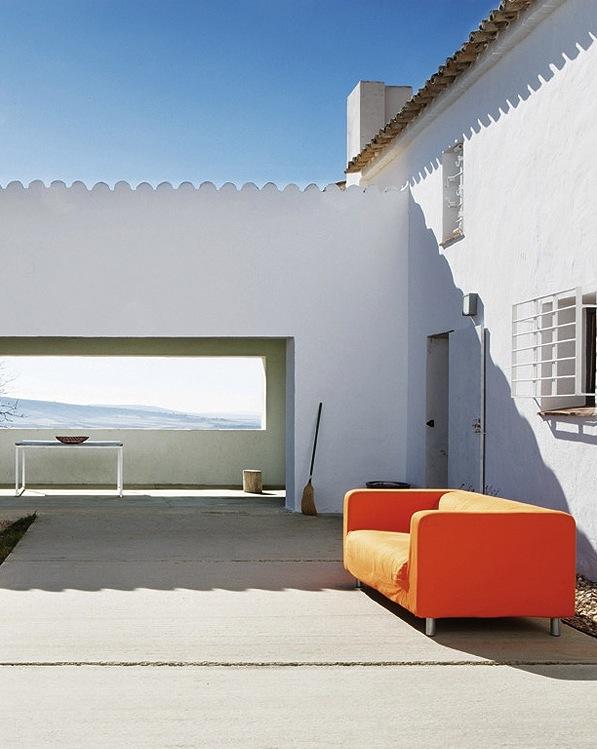 Contemporary_House_in_Spain_Benjamin_Cano_afflante_com_13