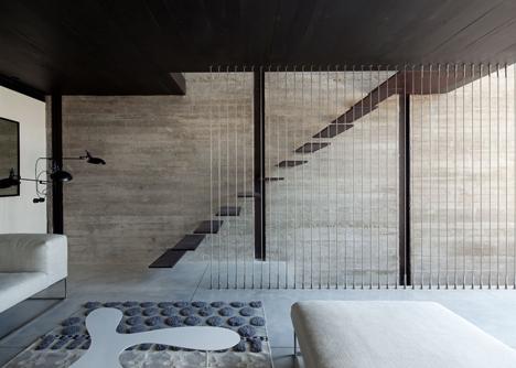 dezeen_Jaffa-House-by-Pitsou-Kedem_11