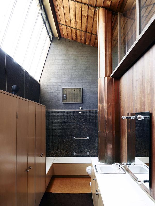Walshst-bathroom