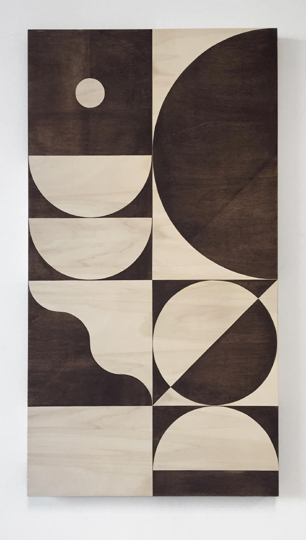LouisReith_Untitled2015_SoilOnWoodenPanel_66x122cm